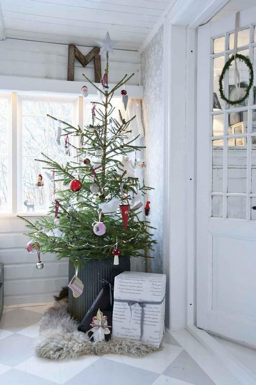 Christmas tree from jeanne d'arc living magazine