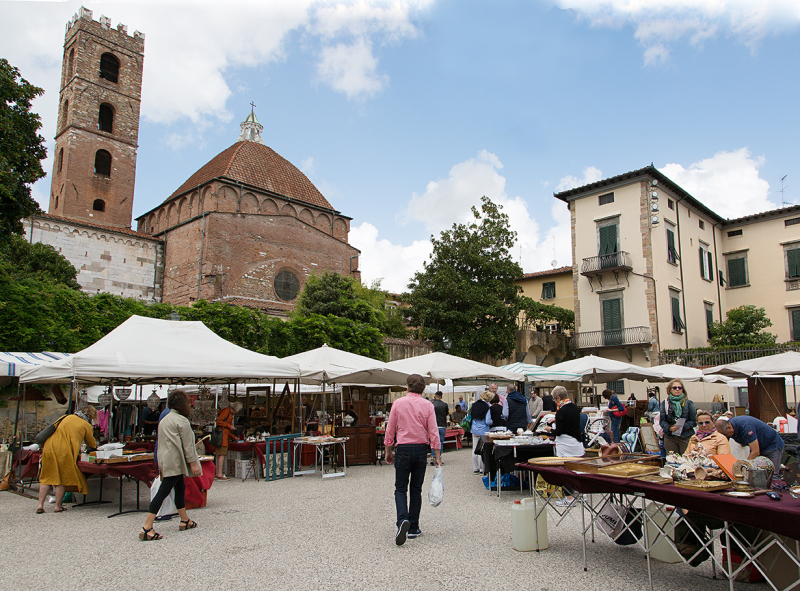 Lucca market